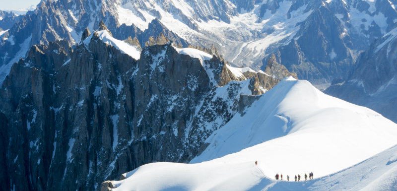 Ascension du Mont Blanc : le tiers des alpinistes sous médicaments