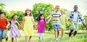 Grandir en France aujourd'hui : un véritable défi pour nos enfants ?