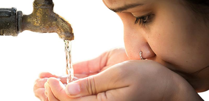 eau carafes filtrantes
