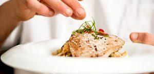 Manger du poisson pour atténuer les symptômes de la polyarthrite rhumatoïde ?