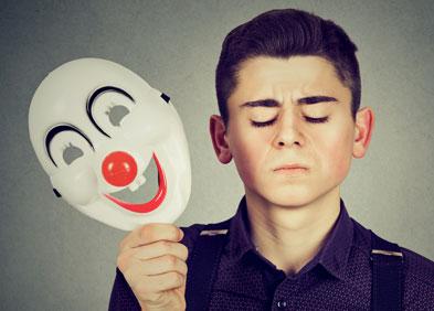 jeune homme atteint de troubles bipolaires