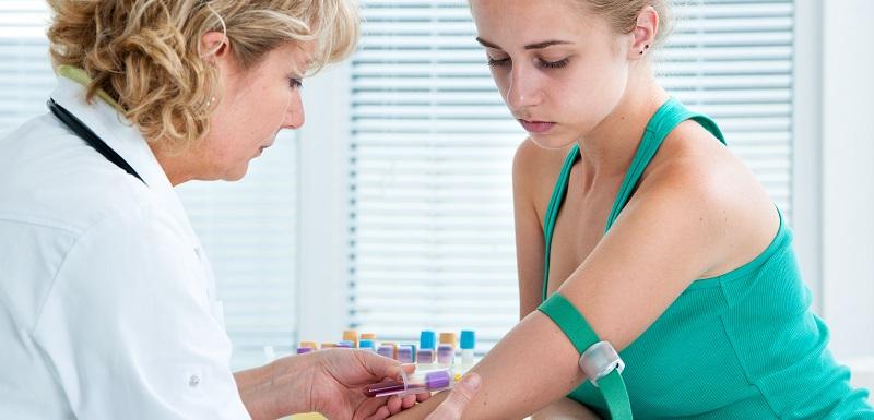 dépister le cancer précocement grâce à un test sanguin