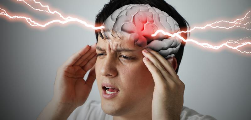 homme douleur cerveau