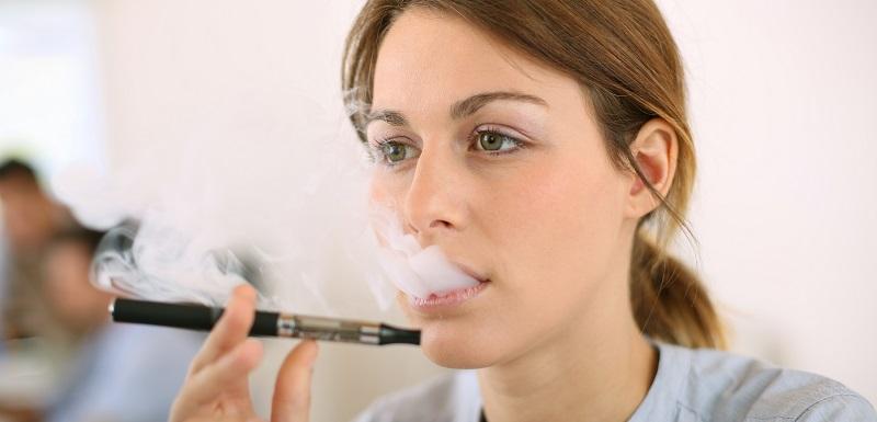 risques pulmonaires et cardiaques liés à l'utilisation de la cigarette électronique