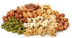 Des fonctions cérébrales renforcées grâce aux fruits à coque !