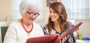 Les clefs pour bien communiquer avec une personne atteinte de la maladie d'Alzheimer