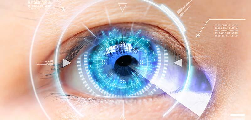 vision bionique grâce à un implant bionique