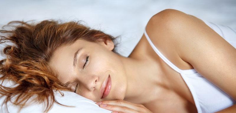 Femme dormant - mélatonine