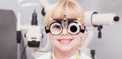 Comment préparer son enfant à rendre visite au docteur des yeux !