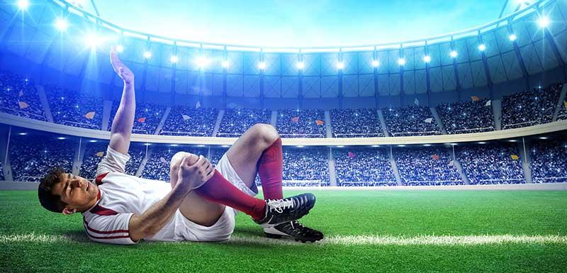 Footballeur blessé sur le terrain