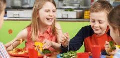 Les enfants mangent-ils équilibré à la cantine ?