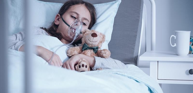 Enfant atteint de la mucoviscidose