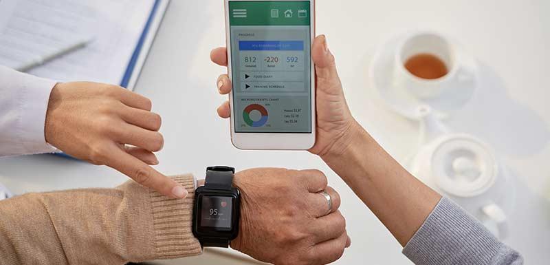 applications mobiles santé - téléphone et montre connectés