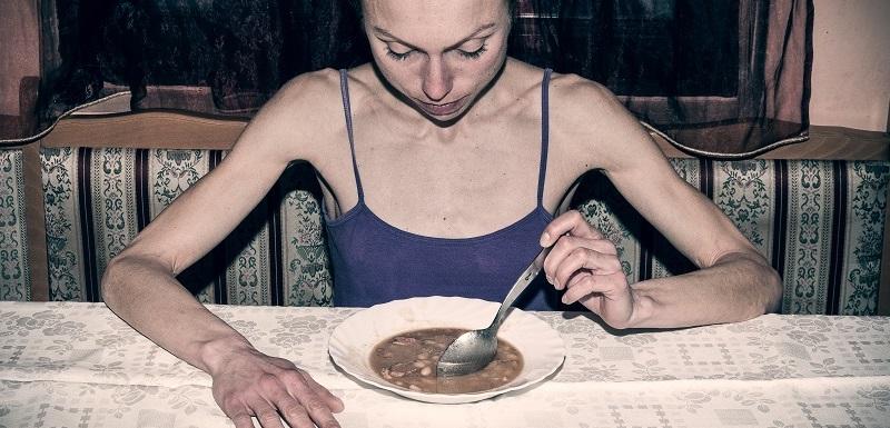 Une femme victime de l'orthorexie