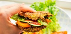 Remplacer la viande rouge par des protéines végétales réduit-il le risque de maladie cardiaque ?