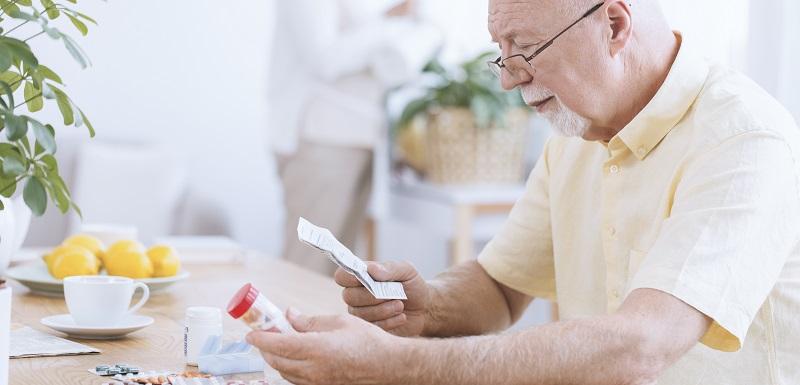 Maladie d'alzheimer: un risque aggravé de pneumonie avec les opioïdes analgésiques