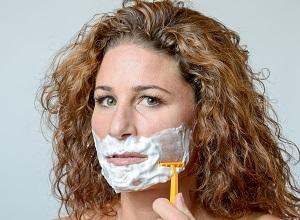 raser-barbe-Hirsutisme