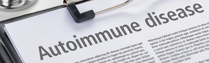 diagnostic maladie auto-immune dermatomyosite rédigé dans un presse-papiers