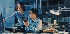 Des exosquelettes pour prévenir les TMS dans l'industrie