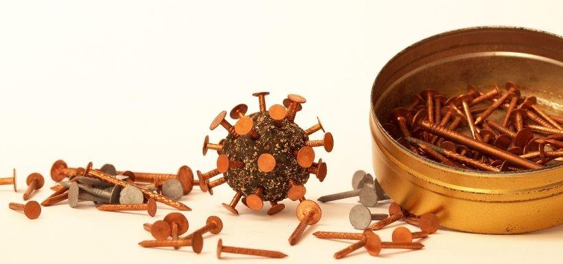 Le cuivre peut-il vous protéger de la COVID-19 ?