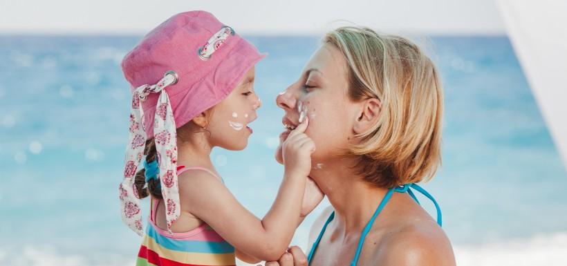 Octocrylène et crèmes solaires ou anti-âge : quel dangers pour la santé?