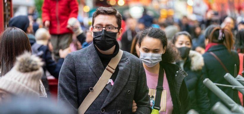 Bientôt la fin du masque en extérieur ?